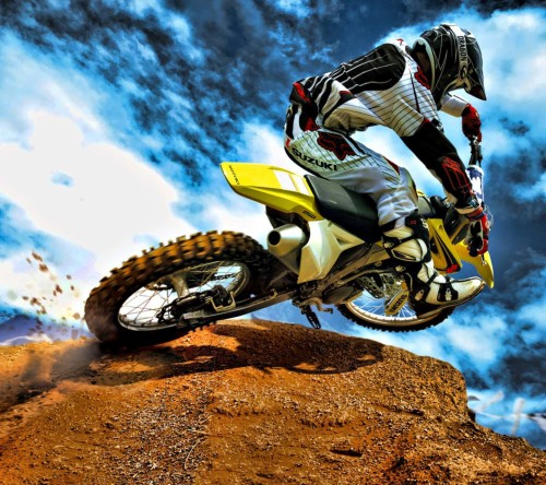 Suzuki Dirt Bike-Motorcross